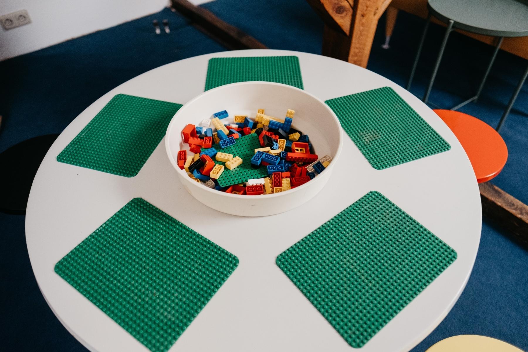 Leego-Tisch