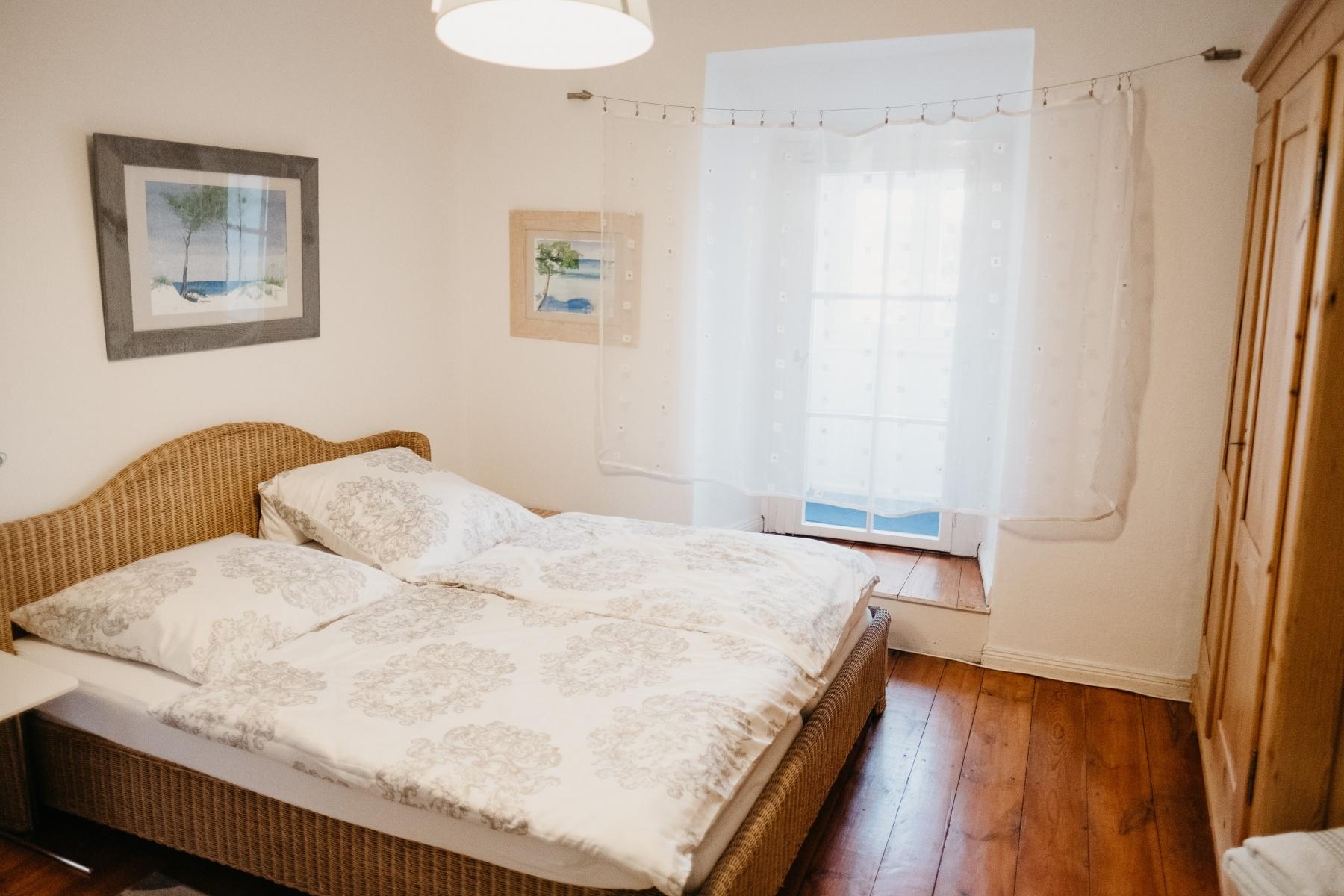Schlafzimmer-1-OG-160x200