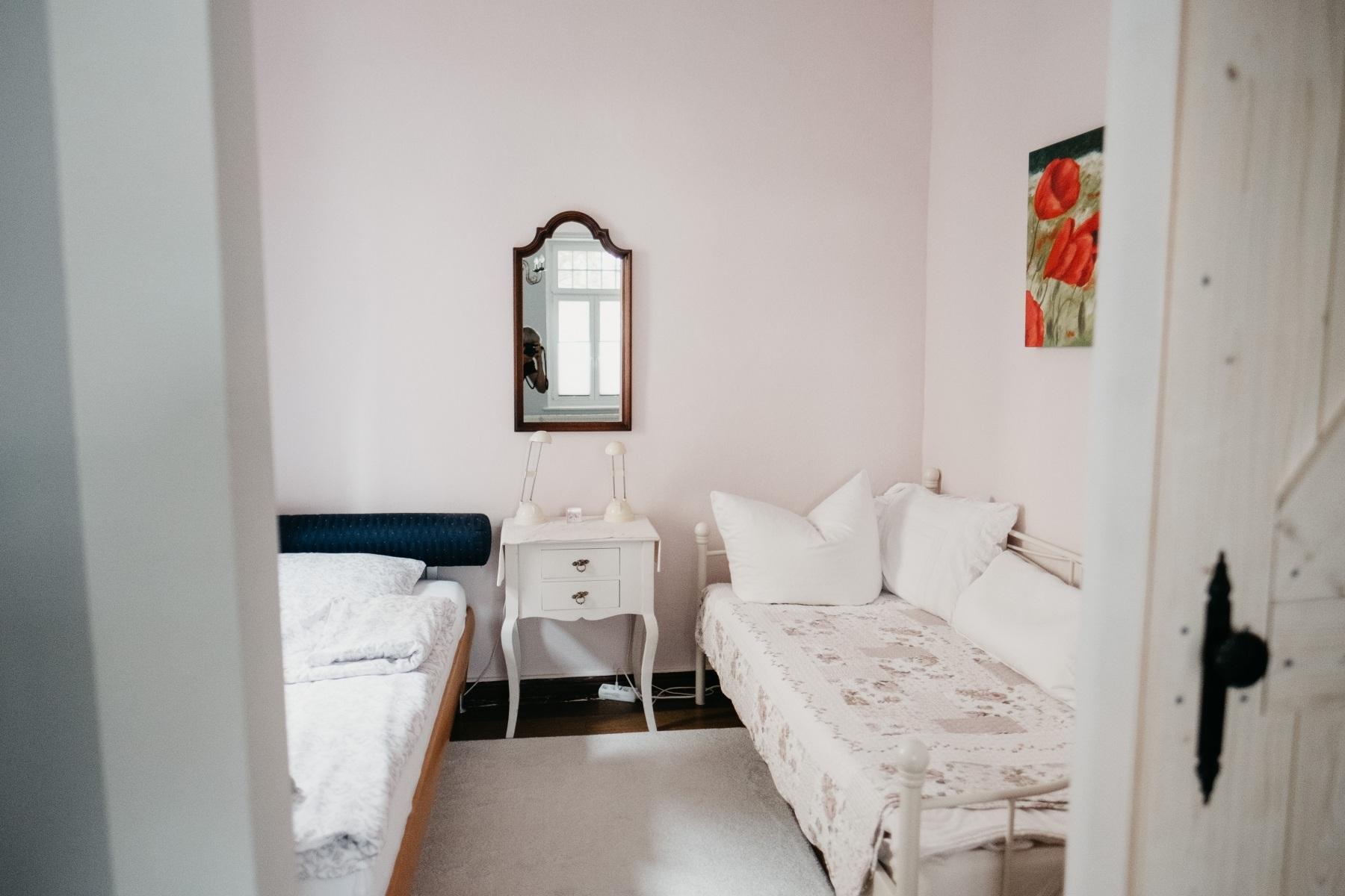 Kinder-schlafzimmer-2x100x200
