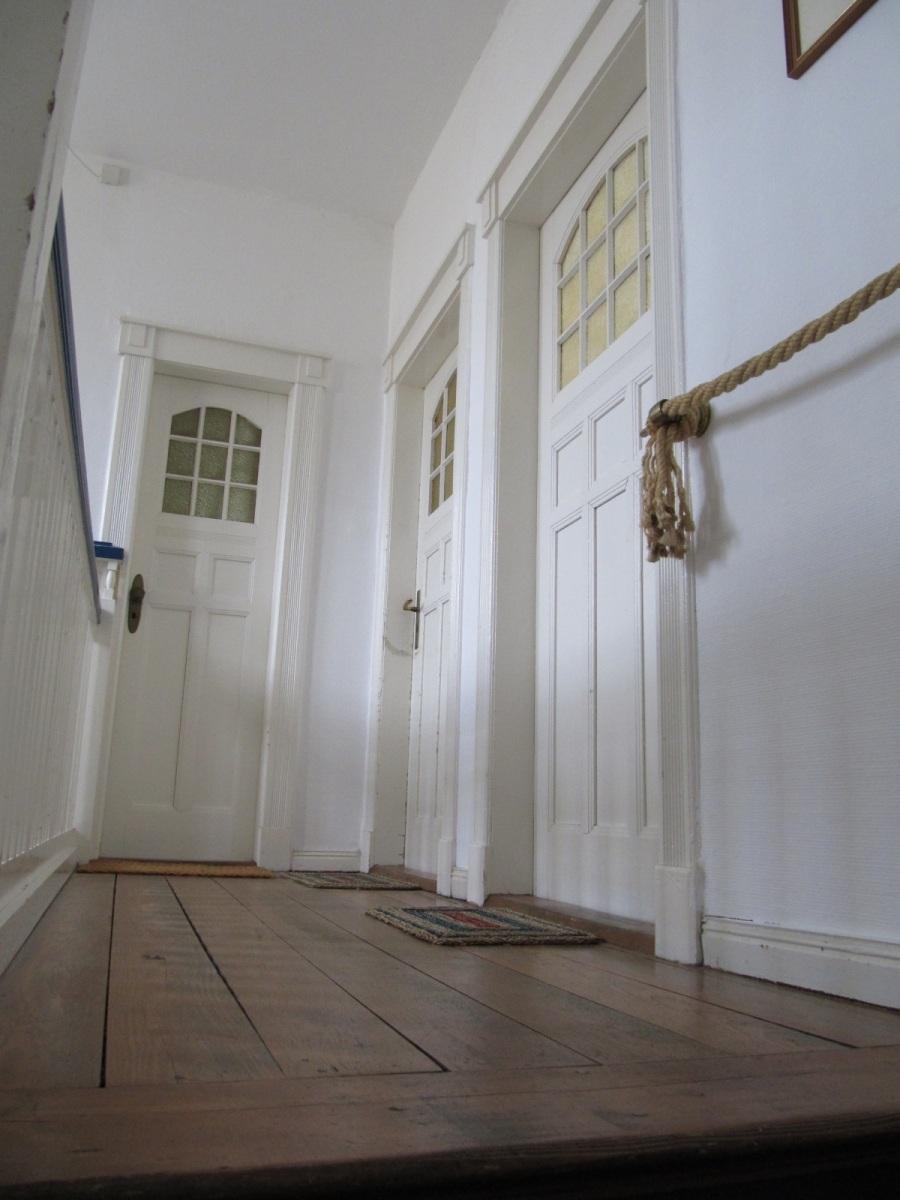Treppenhaus-Zugang-zu-Maisonette