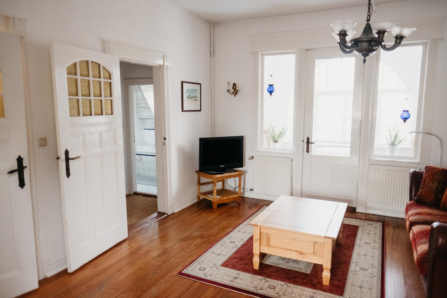 Wohnzimmer-1-OG